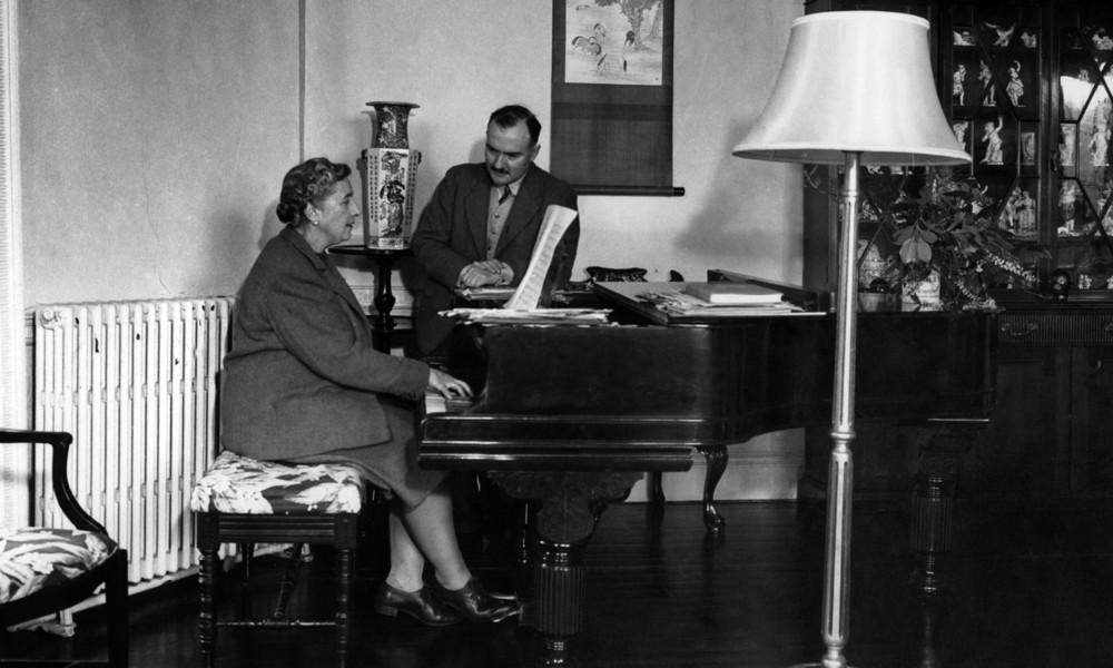 """Frankreich zieht nach: Agatha Christies Roman """"Zehn kleine Negerlein"""" heißt nun """"Sie waren zu zehnt"""""""
