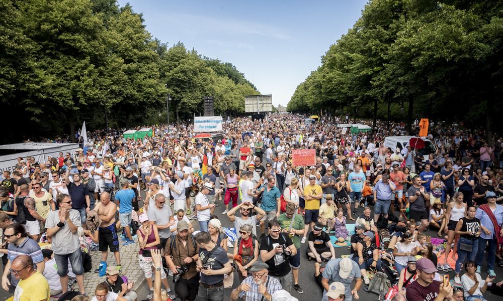 """""""Haben uns für das Leben entschieden"""": Das Corona-Protestverbot und die Schizophrenie der Macht"""