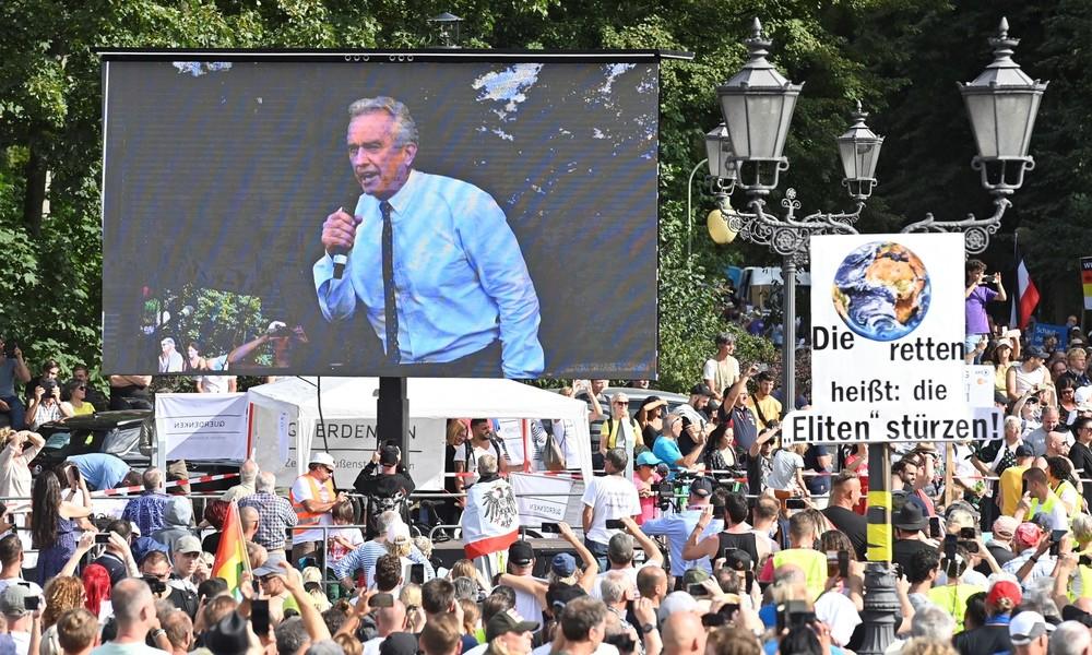 Großdemo gegen Corona-Beschränkungen in Berlin: Komplette Rede von Robert F. Kennedy