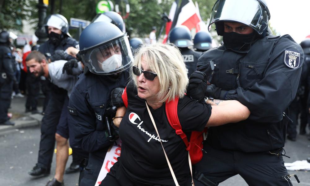 Corona-Demonstration in Berlin: Bilanz der Polizei und Verbot eines Protestcamps