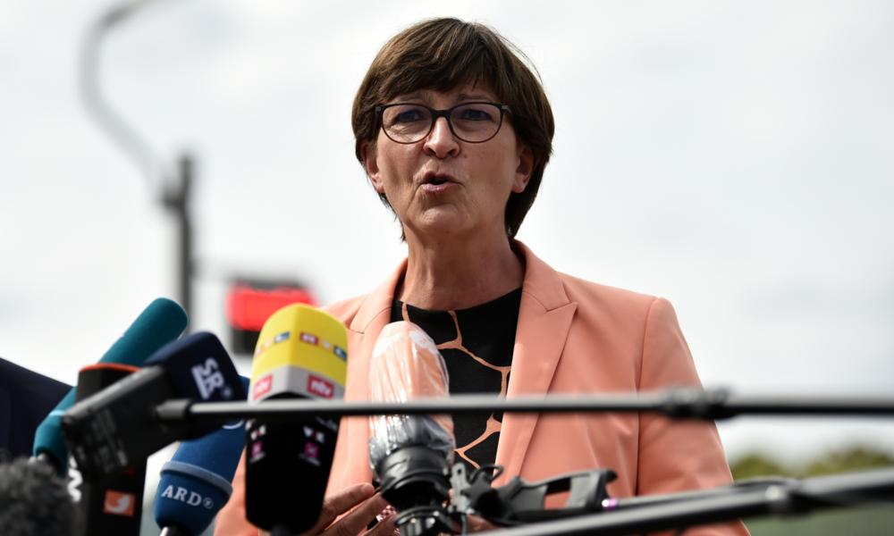 "SPD-Chefin Esken zur Corona-Demo: ""Rechtsradikale, Antisemiten, Verschwörungsideologen, Esoteriker"""