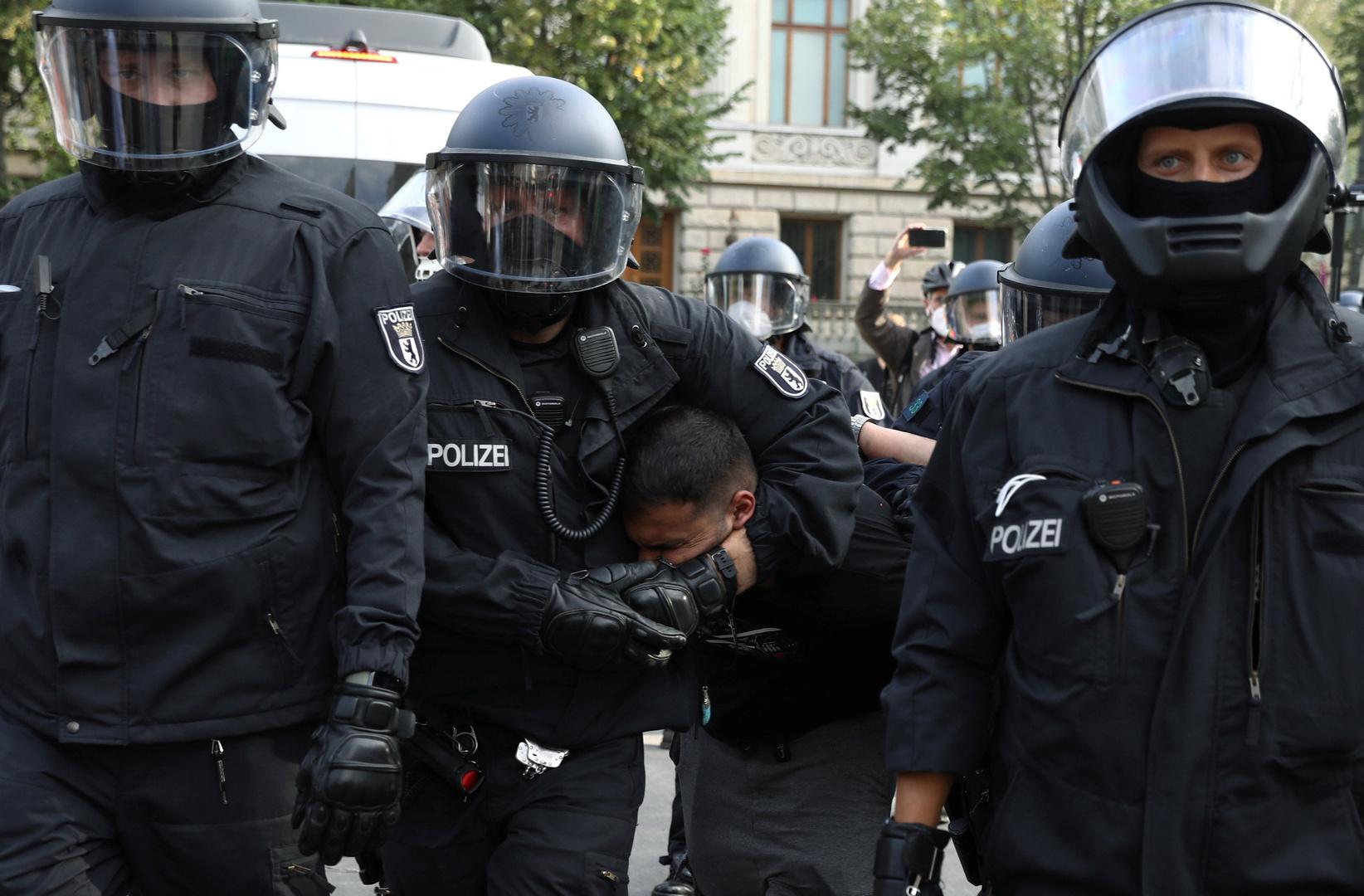 Vorfall am Berliner Reichstag: Politik zeigt sich bestürzt