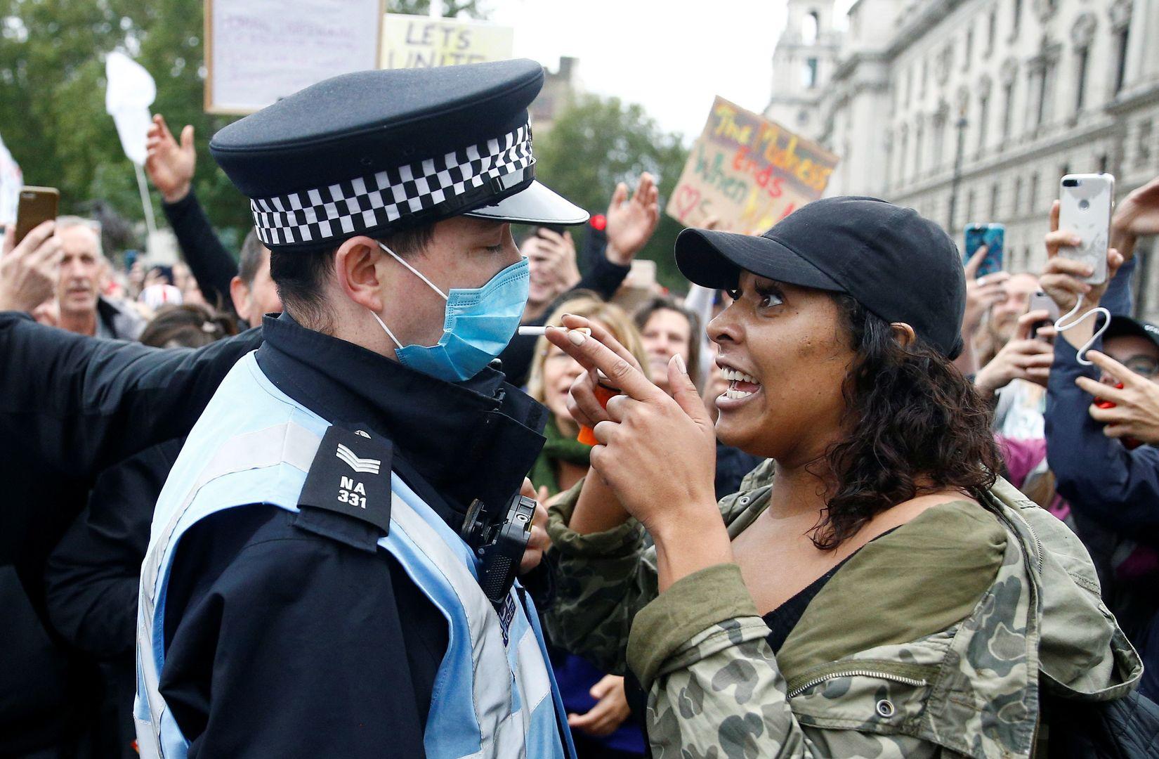 Nicht nur Berlin: Bilder von Demonstrationen in London, Paris und Zürich