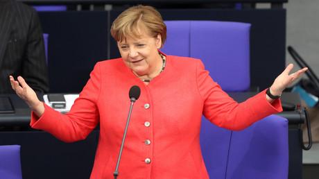 Angela Merkel, Bundeskanzlerin, muss sich in Sachen Corona keine Sorgen machen wegen der Opposition.