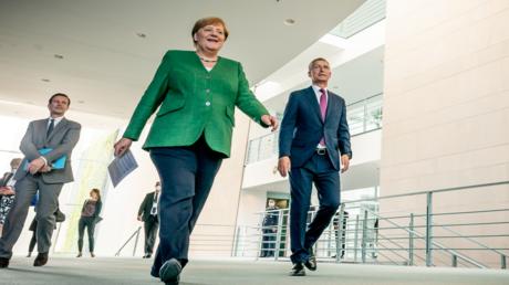 Will Corona-Auflagen verschärfen: Bundeskanzlerin Merkel am Mittwoch mit NATO-Generalsekretär Jens Stoltenberg in Berlin