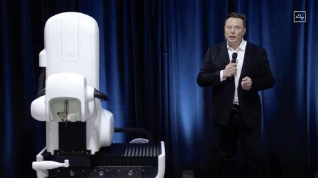 Elon Musk zeigt System für Verbindung zwischen Gehirn und Smartphone