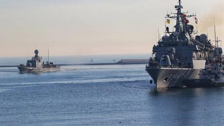 Die türkischen Kriegsschiffe TCG Barbaros und TCG Marti. (Symbolbild)