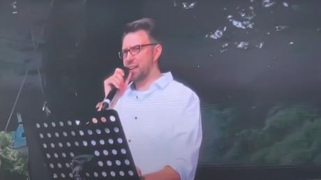 David Claudio Siber während der Demo am 29. August 2020.