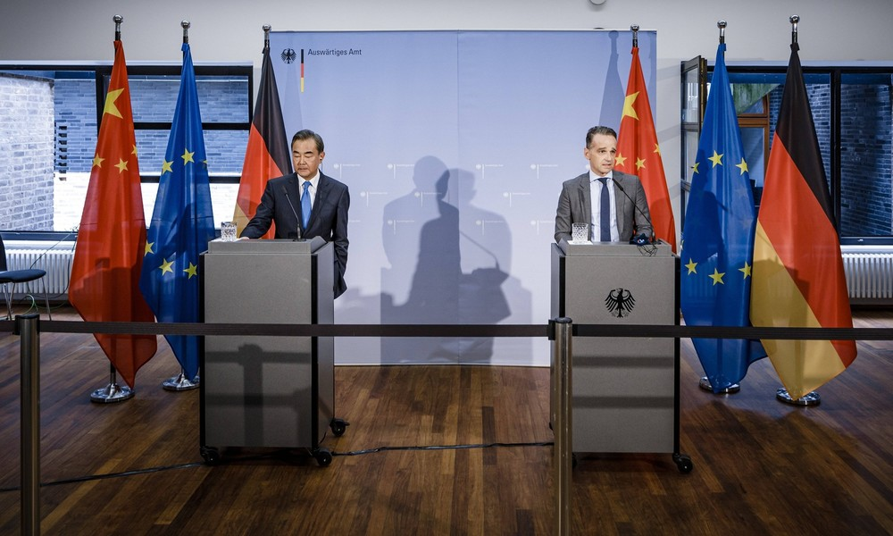 Berlin-Besuch: Chinesischer Außenminister verbittet sich Einmischung in innere Angelegenheiten