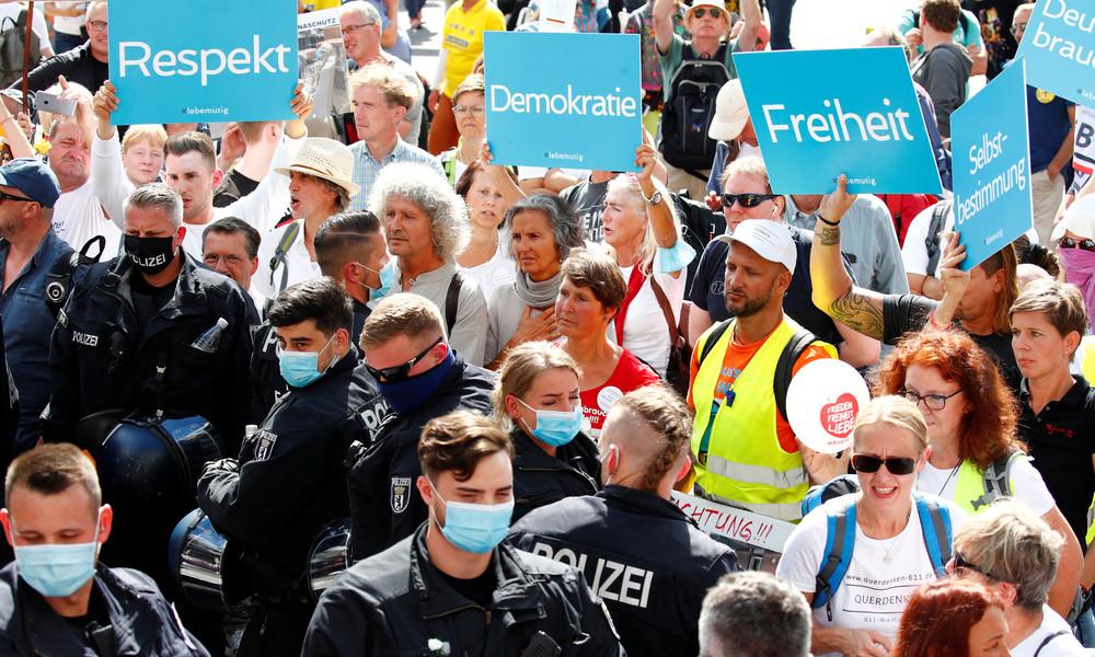 Wegen Rede auf Corona-Demo: Grüne schmeißen Kommunalpolitiker aus Fraktion