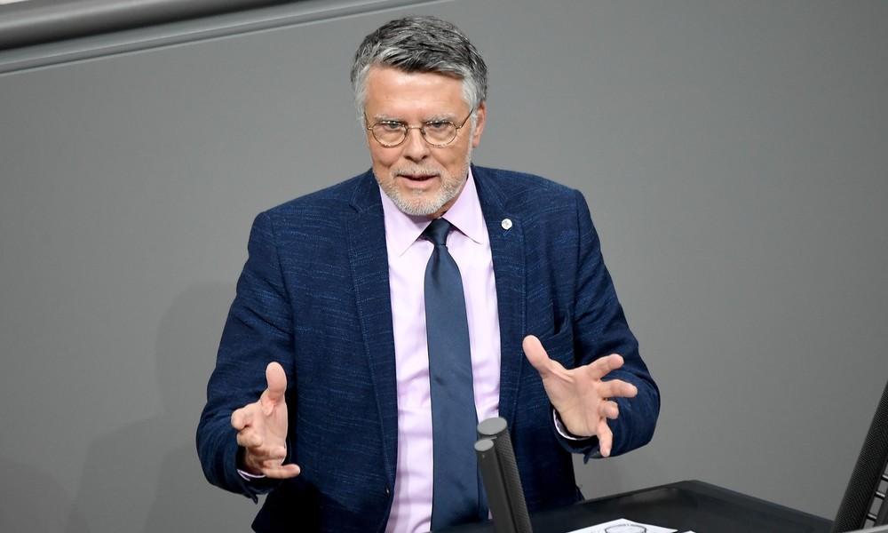 Nun acht Parteien im Bundestag: Ex-AfD-Abgeordneter wechselt in Bernd Luckes Splitterpartei LKR