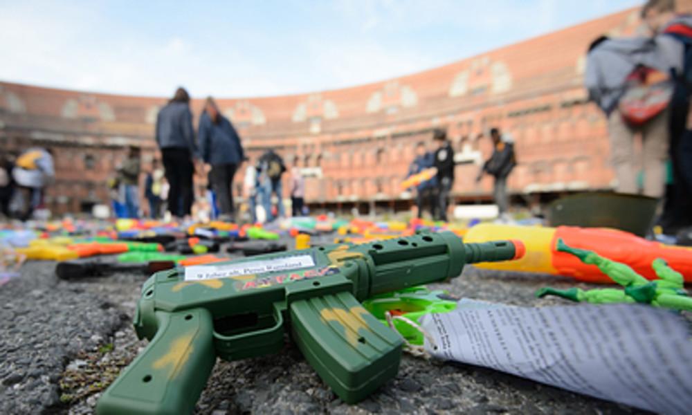 Kinder mit Waffen: Wie die jüngsten Gangmitglieder in Stockholm ihr Taschengeld aufbessern