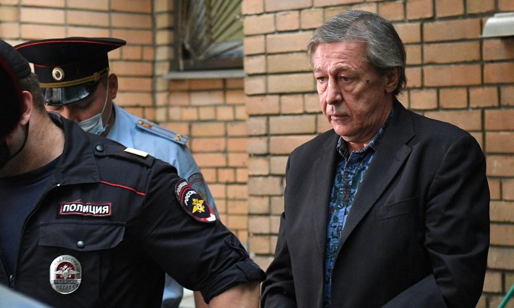 Alkohol am Steuer mit tödlichen Folgen: Acht Jahre Haft für bekannten russischen Schauspieler