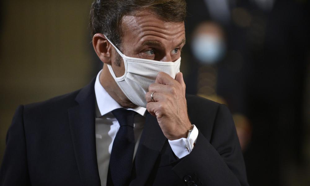 Corona-Doppelstandards? Emmanuel Macron nimmt bei Hochschulbesuch Mundschutz ab, um sich zu räuspern