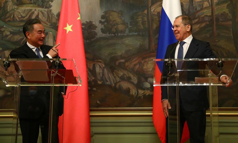 Außenminister Wang Yi in Moskau: China und Russland bieten der Welt mehr Sicherheit als USA