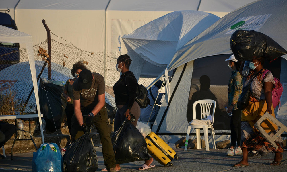 LIVE: Migranten beziehen neues Camp auf Lesbos