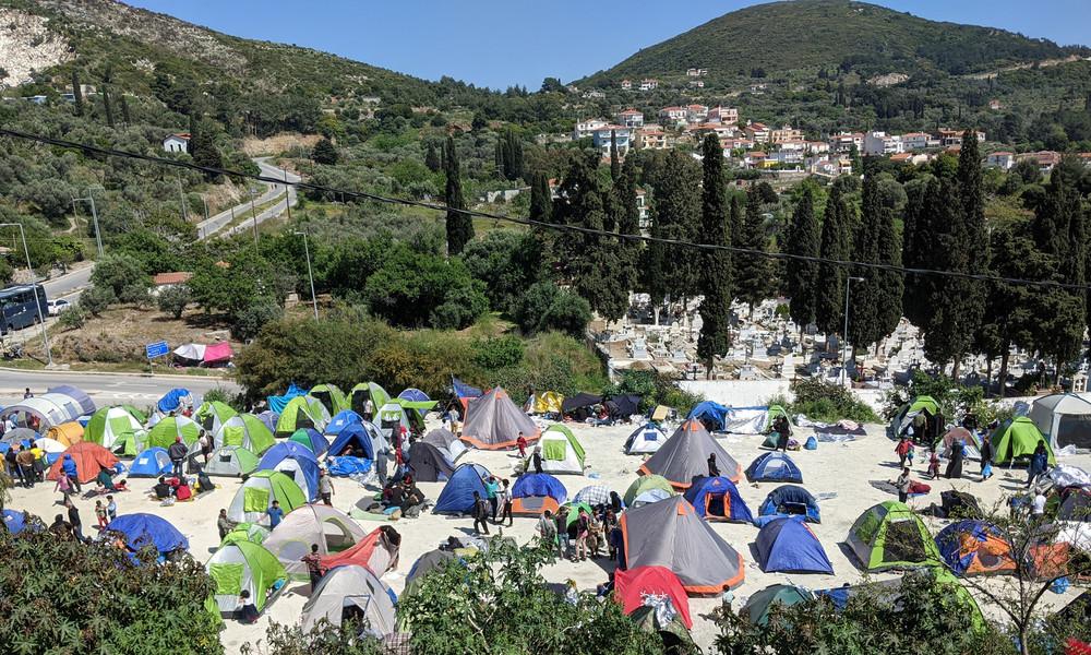 """""""Moria-Taktik"""" auf Samos? Möglicher Brandanschlag auf Migrantenlager ging glimpflich aus"""