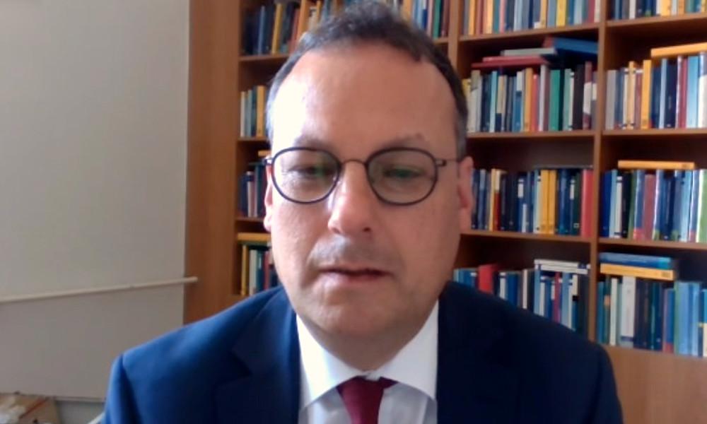 """""""Rechtshilfe setzt ein Strafverfahren voraus"""" – Prof. Dr. Martin Heger zum Fall Nawalny (Video)"""