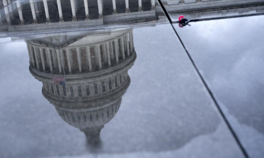Finanzexperte: US-Dollar wird 2021 abstürzen – USA sollten sich auf Double-Dip Rezession einstellen