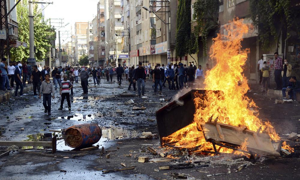 Wegen Beteiligung an Protesten gegen IS-Belagerung von Kobane: Türkei ordnet 82 Festnahmen an
