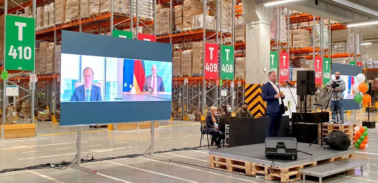 Bundeswirtschaftsminister Altmaier eröffnet Logistikzentrum in Russland: Grüne zeigen sich empört