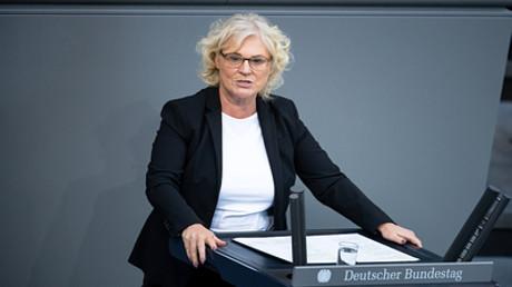 Bundesministerin für Justiz und Verbraucherschutz Christine Lambrecht spricht im Bundestag in der 173. Sitzung, 10.09.2020