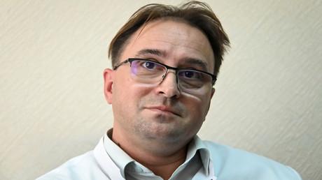 Dr. Alexander Sabajew, Arzt in einem Omsker Krankenhaus, in dem der russische Oppositionsführer Alexei Nawalny zuerst behandelt wurde