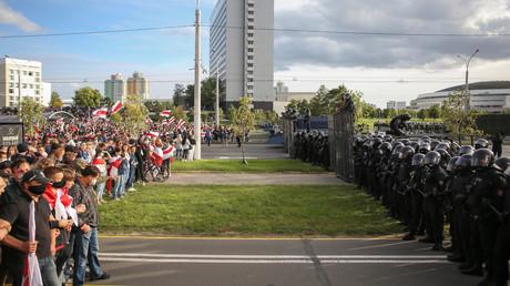 Am Sonntag demonstrierten wieder tausende Menschen in Minsk gegen Präsident Lukaschenko. (13. September 2020)