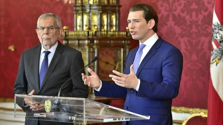 Österreichs Bundespräsident Alexander Van der Bellen und Bundeskanzler Sebastian Kurz bei einem gemeinsamen Auftritt im Mai 2019