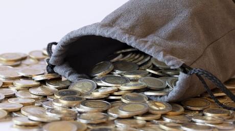 Hat in Deutschland und Österreich den Vorzug gegenüber anderen Zahlungsmethoden: Bargeld (Symbolbild)