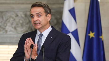 Der griechische Premierminister Kyriakos Mitsotakis gestikuliert während einer Pressekonferenz in Athen, Griechenland. 15. September 2020.