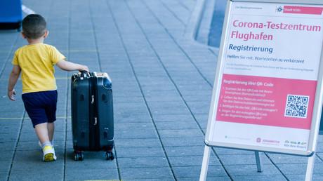 Symbolbild: Ein Corona-Testzentrum am Flughafen Köln/Bonn