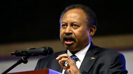 Der Premierminister des Sudan Abdalla Hamdok spricht am 26. Dezember 2019 in Khartum anlässlich des ersten Jahrestages des Beginns des Aufstands, durch den der langjährige Herrscher Umar al-Baschir gestürzt wurde.