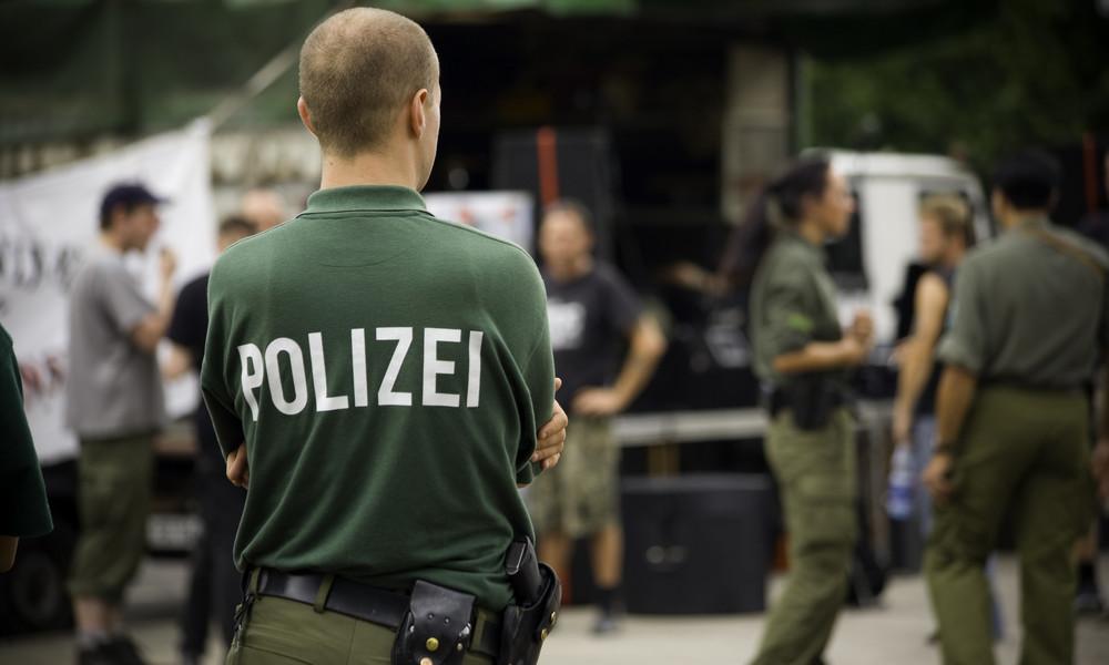 Berlin: Strafverfahren wegen rassistischer Chatgruppe bei Polizei