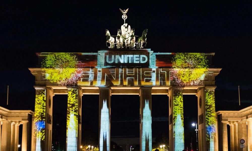 Umfrage: Ostdeutsche bei Einkommen und Arbeit inzwischen zufriedener