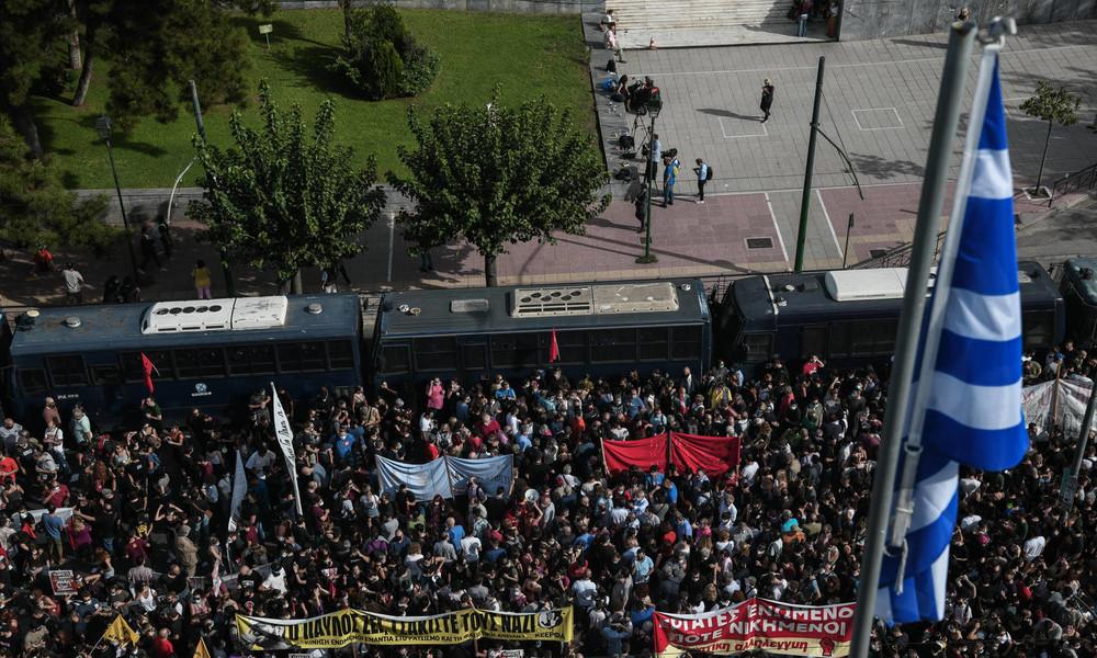 """Urteil in Athen: Rechtsextreme """"Goldene Morgenröte"""" ist eine """"kriminelle Organisation"""""""