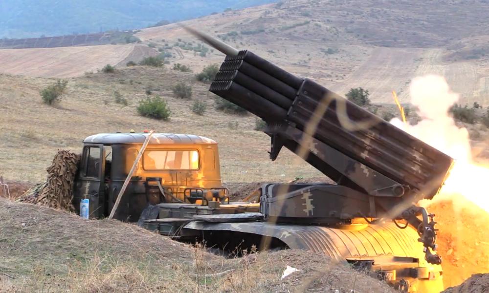 Konflikt in Bergkarabach: Präsident Armeniens beklagt Einmischung der Türkei (Video)