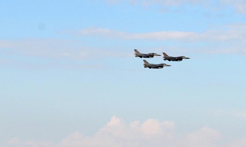 Satellitenbilder beweisen: Türkische F-16 befinden sich in Aserbaidschan