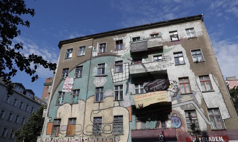 """LIVE: Protest gegen die Räumung der """"Liebig34"""" in Berlin"""