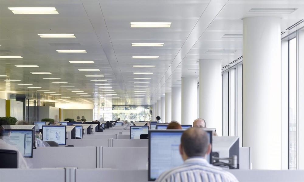 Trotz Corona und Homeoffice: Büro weiterhin Zentrum des Arbeitsplatzes