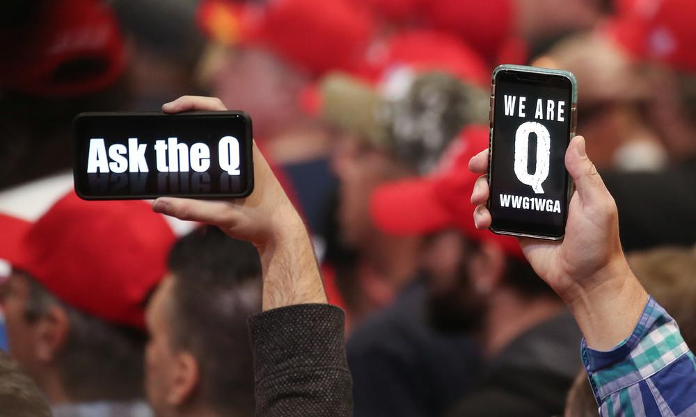 Youtube verschärft Vorgehen gegen QAnon-Verschwörungstheorien