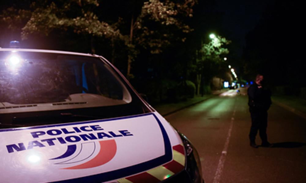 LIVE: Tatort nach Mord an Lehrer in Conflans-Sainte-Honorine bei Paris, Frankreich