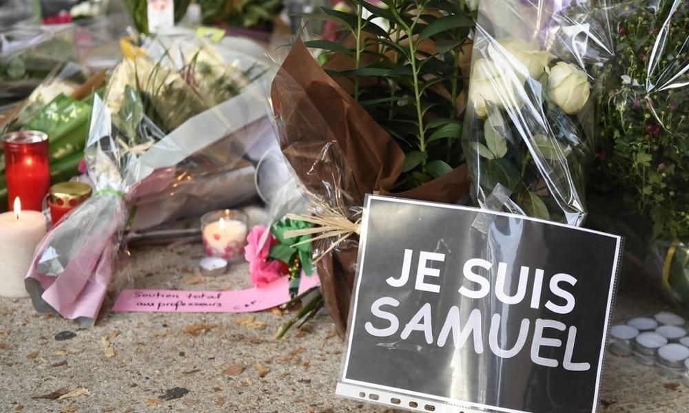 Paris: Bevölkerung trauert um ermordeten Lehrer (Video)