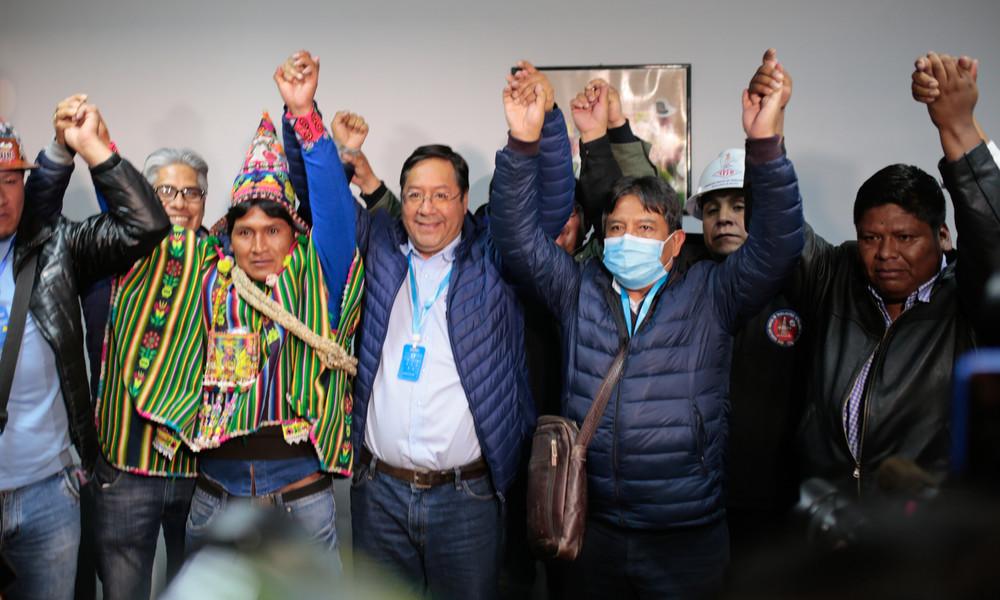 Laut Hochrechnungen: Linke MAS gewinnt Wahlen in Bolivien deutlich in erster Runde