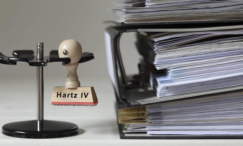 """""""Die Herstellung der Verfassungsmäßigkeit"""" – Das Dauerfeuer von Ralph Boes gegen Hartz-IV-Schikanen"""
