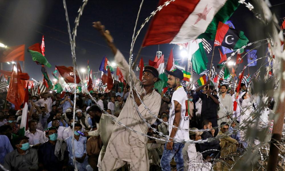 Pakistan: Tausende versammelten sich zu regierungskritischen Protesten