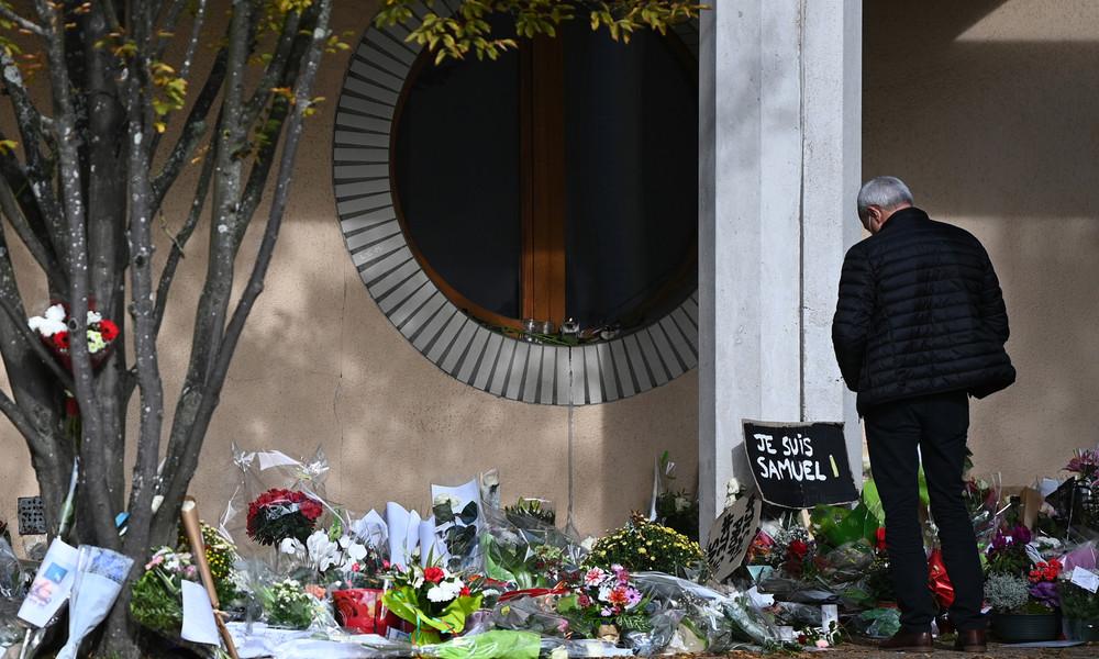LIVE: Frankreich – Gedenkmarsch für ermordeten Lehrer Samuel Paty