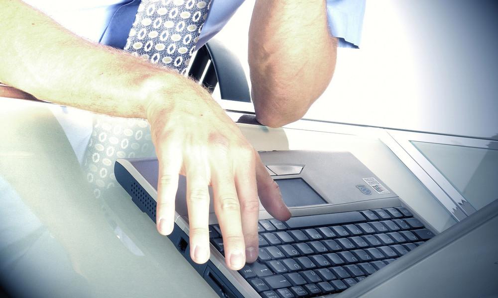 Wirtschaftsbericht: Spitzentechnologien verdrängen bis 2025 rund 85 Millionen Arbeitsplätze