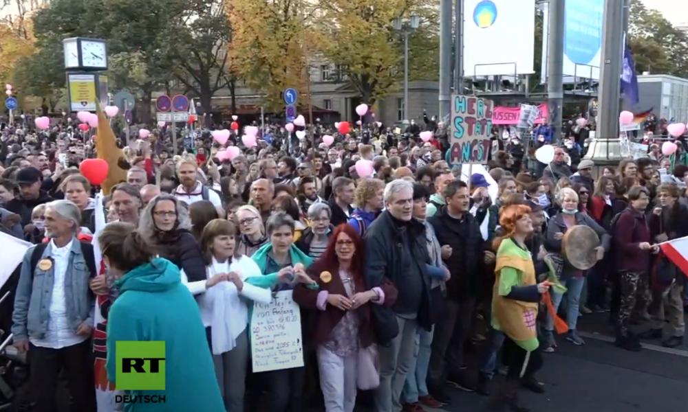 Berlin: Festnahmen bei Corona-Demo