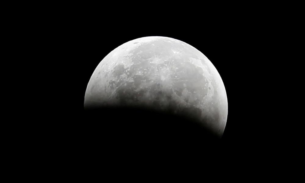Vorteil für künftige Mondmissionen: Forscher finden neue Hinweise für Wasser auf dem Erdtrabanten